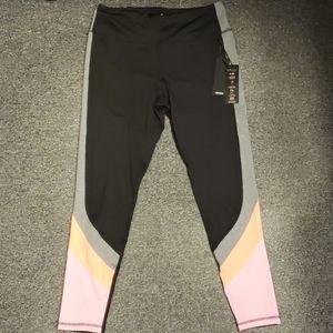 🌻 NWT Women's Bebe active leggings size L